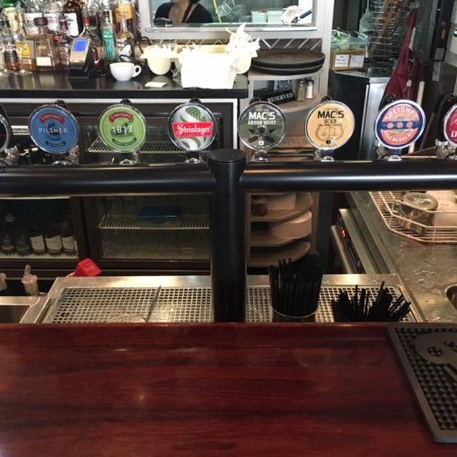 8-Way T-Bar At The Right Track Sports Bar & Cafe, Auckland CBD